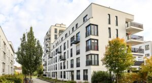 Read more about the article Looking for a Place To Call Home? Consider a Condominium.